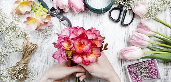 50 هزار تومان تخفیف اولین خرید گل ستان